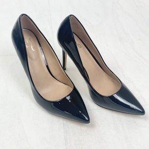 EUC Mix No. 6 Black Stilettos